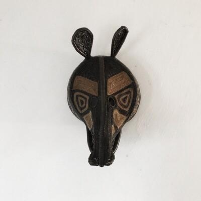 Masque Tribal TATOU / pièce unique réalisée à la main