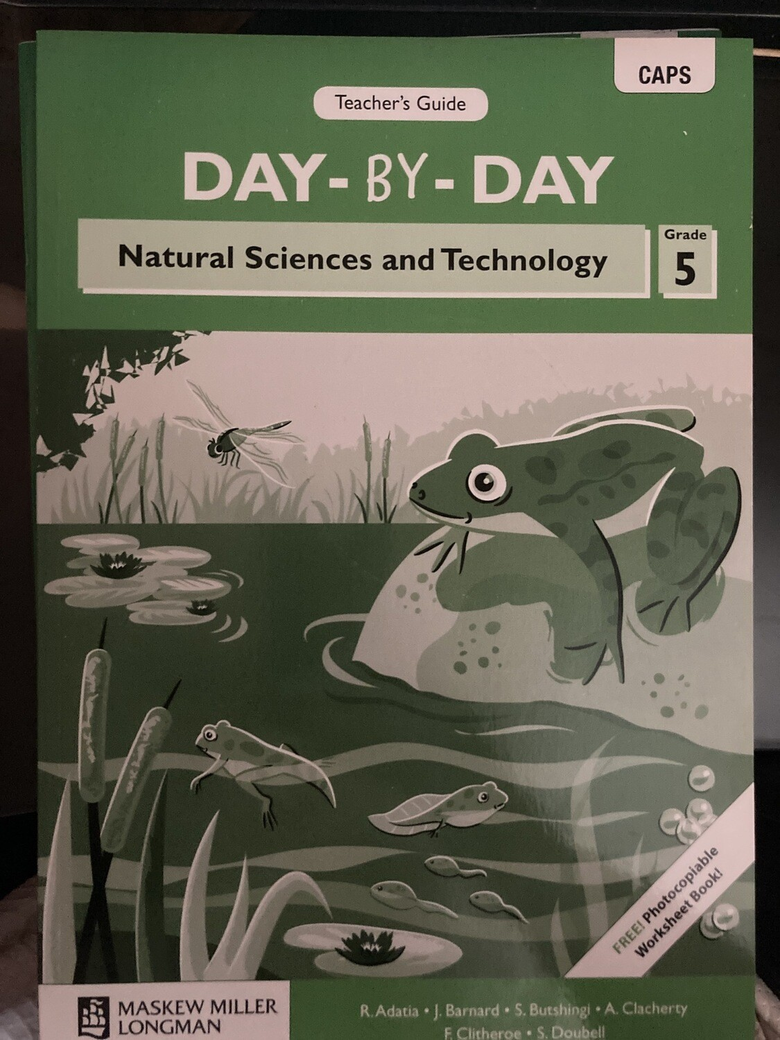 Grade 5 Day-By-Day Natural Sciences And Technology Teachers Guide
