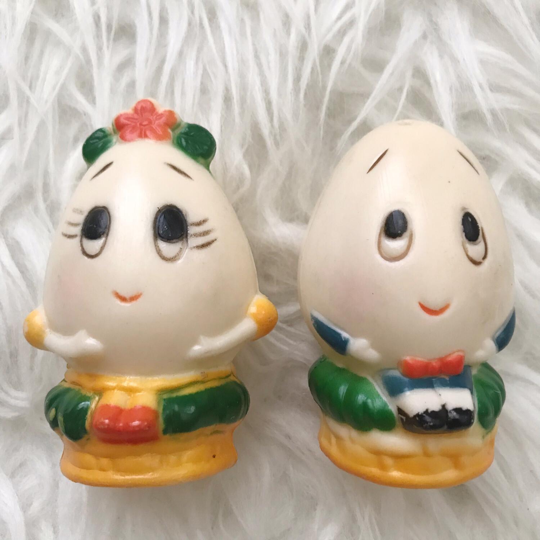 Vintage Mr & Mrs. Humpty Dumpty Egg Salt + Pepper Shakers