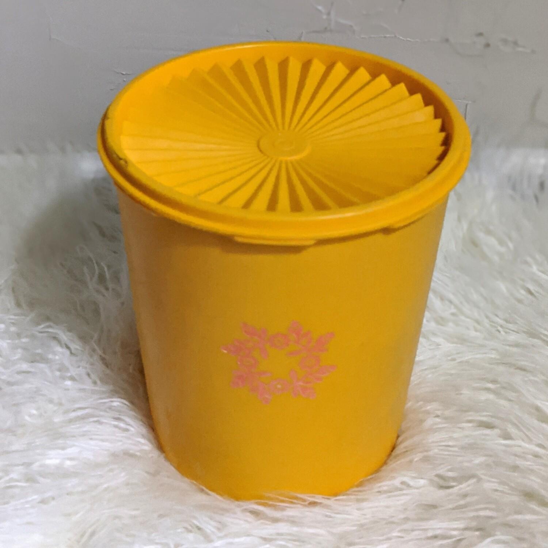 Tangerine Tupperware Cannister - 6 Quart