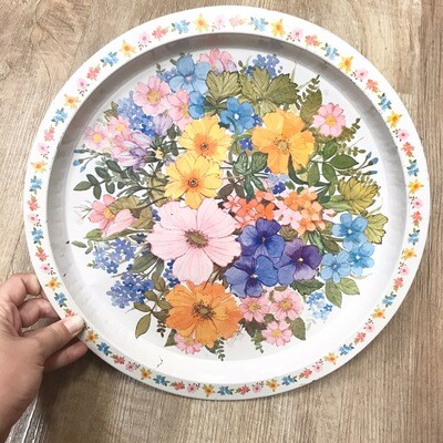 Round Vintage Floral Tin Tray
