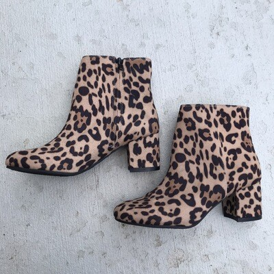 Cheetah Print Booties Size 8.5