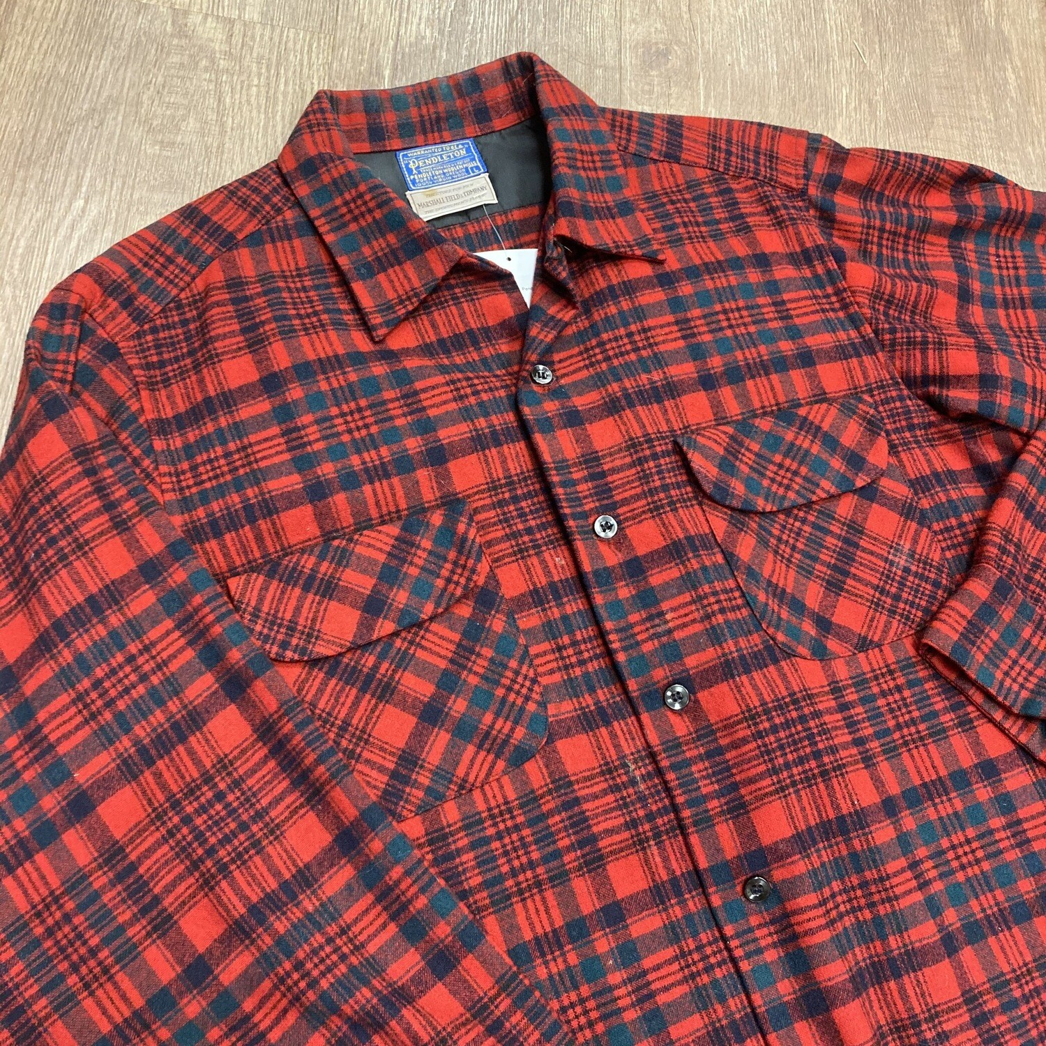 1070s Pendleton Button-Up