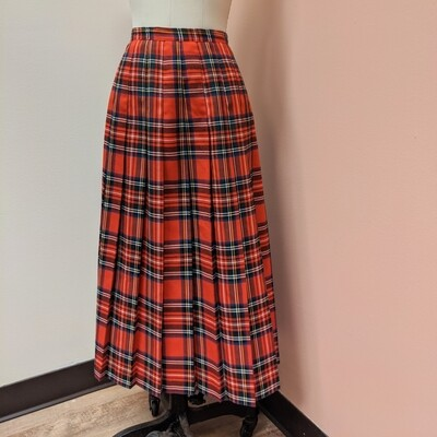 Briggs NY Pleated Plaid Skirt