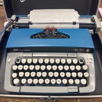 1960s Smith Corona Type Writer