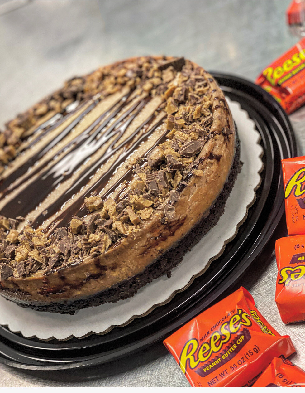 Brownie Bottom Reese's Cheesecake