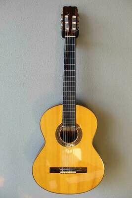 Used 2005 Jose Ramirez S1 Classical Guitar