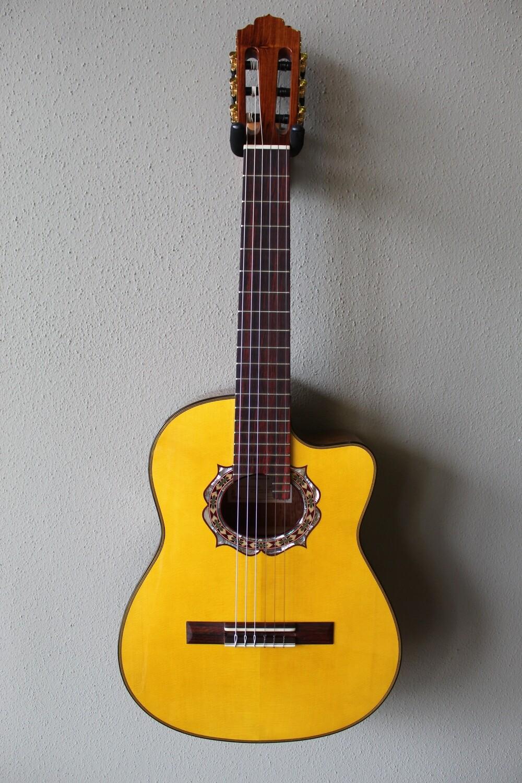 Marlon (Francisco) Navarro Requinto Guitar with Cutaway