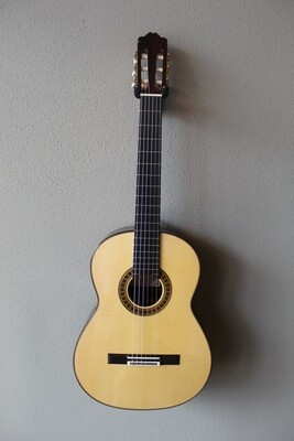 Francisco Navarro Spruce Top Grand Concert Rodriguez Model Classical Guitar
