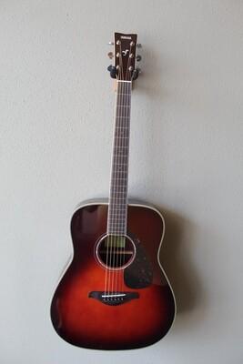 Yamaha FG830 Dreadnought Acoustic Guitar with Gig Bag