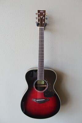 Yamaha FS830 Dreadnought Acoustic Guitar with Gig Bag