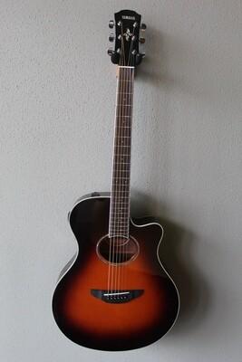 Yamaha APX600 Acoustic/Electric Guitar with Gig Bag - Sunburst