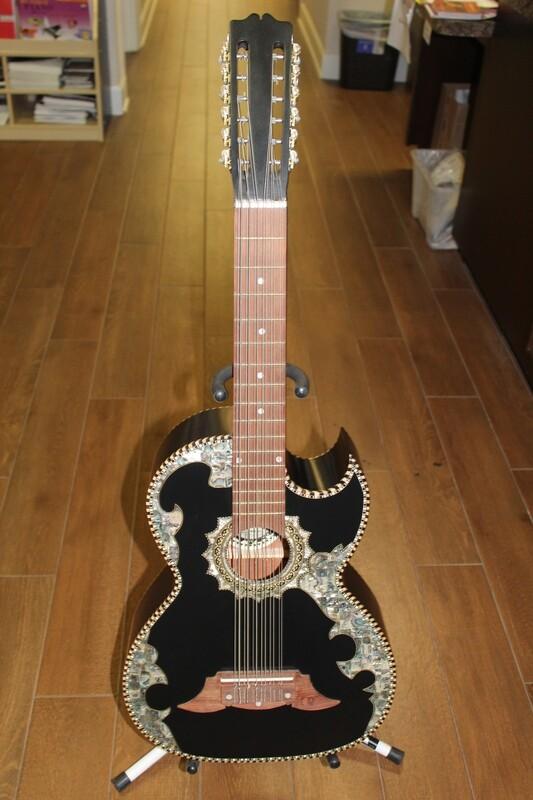 Paracho Elite Belleza Model Bajo Sexto Guitar
