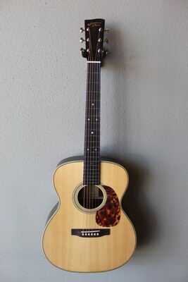 Recording King RO-328 All Solid Acoustic Guitar with Gig Bag - Thin V Neck