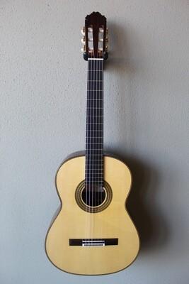 Francisco Navarro Spruce Top Grand Concert Classical Guitar