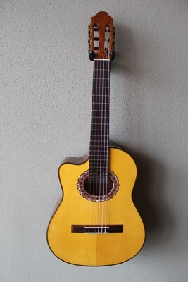 Marlon (Francisco) Navarro Left Handed Acoustic/Electric Requinto Guitar with Cutaway