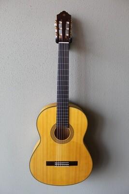 Yamaha CG172SF Classical Flamenco Guitar with Gig Bag