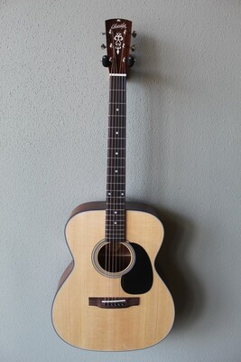 Blueridge BR-43 Contemporary Series 000 Acoustic Guitar with Gig Bag
