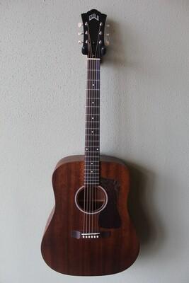 Guild D-20 Steel String Acoustic Guitar