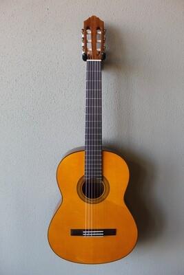 Yamaha CG102 Nylon String Classical Guitar with Gig Bag