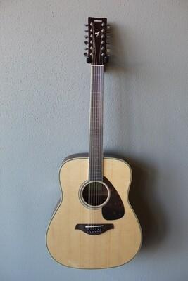 Yamaha FG820-12 12 (Twelve) String Acoustic Guitar with Gig Bag