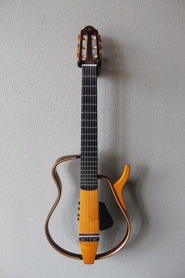 Used Yamaha SLG130NW Nylon String Silent Guitar with Gig Bag
