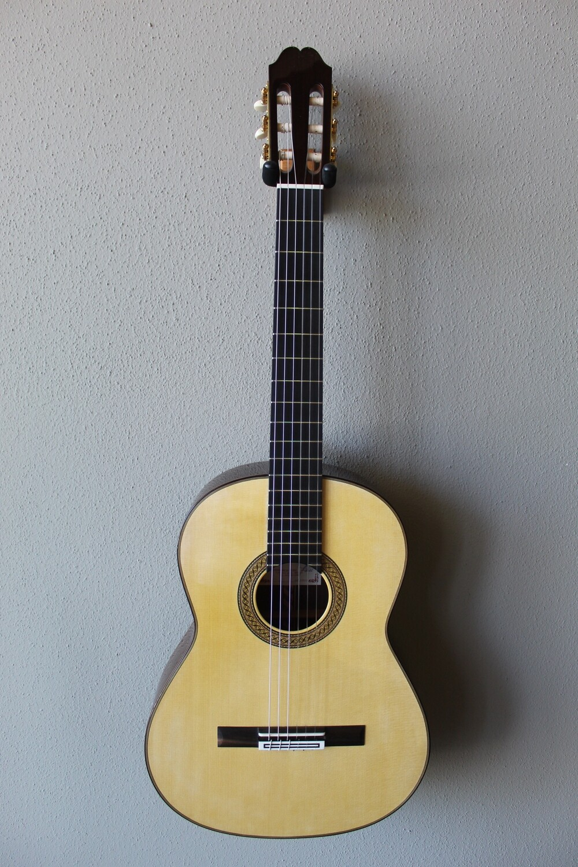 Francisco Navarro Grand Concert Bouchet Model Spruce Top Classical Guitar