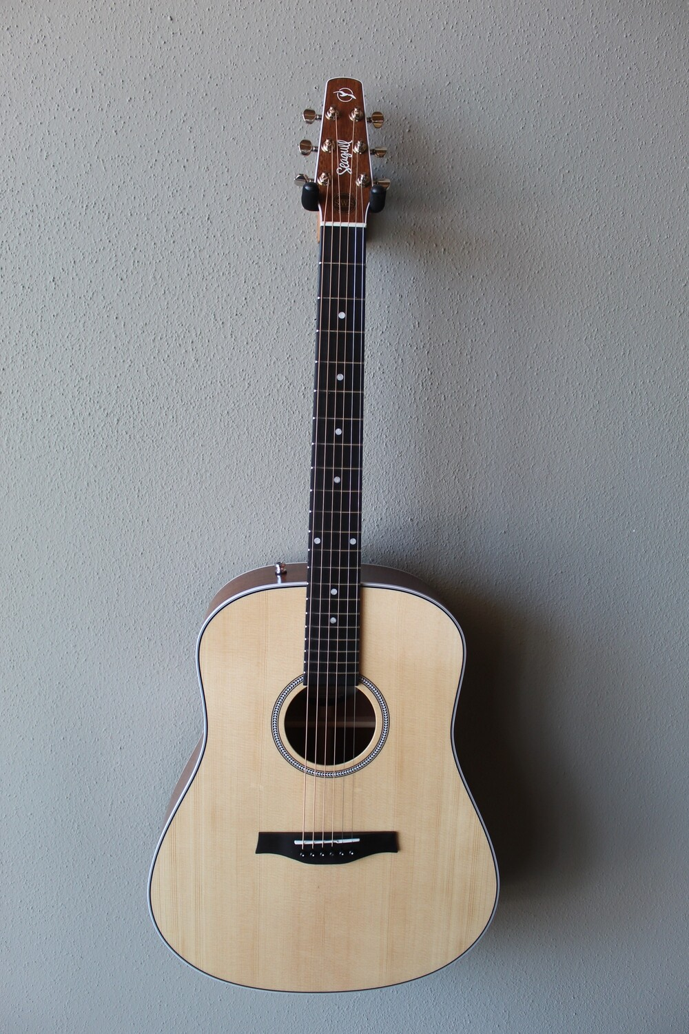 Seagull Maritime SWS Steel String Acoustic/Electric Guitar with Gig Bag