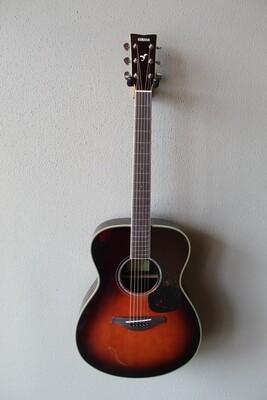 Yamaha FS830 Concert Steel String Acoustic Guitar with Gig Bag - Tobacco Sunburst