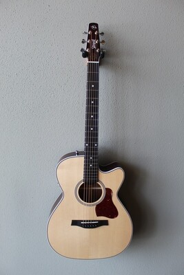 Seagull Maritime SWS CH CW QIT Acoustic/Electric Guitar with Gig Bag