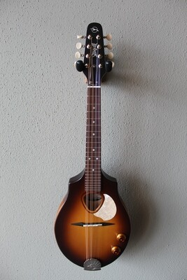 Seagull S8 Acoustic/Electric Mandolin with Gig Bag - Sunburst