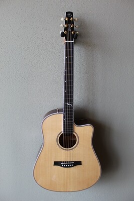 Seagull Artist Mosaic Cutaway HG EQ Acoustic/Electric Guitar with Gig Bag