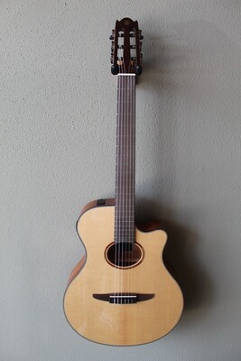 Yamaha NTX1 Acoustic/Electric Classical Guitar with Gig Bag - Natural