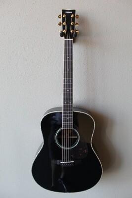 Yamaha LL16D Steel String Jumbo Acoustic/Electric Guitar - Black