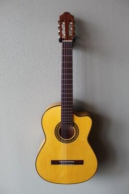 Marlon (Francisco) Navarro Flamenco Blanca Guitar - with Cutaway