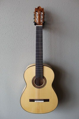 2021 Salvador Castillo Concert Flamenco Guitar with French Polish