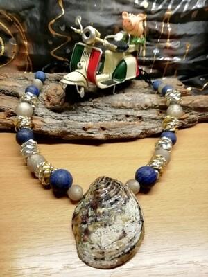 Natural Necklaces with Seashell from the Adriatic Sea Friuli Venezia Giulia - Handmade  by Corinna Kirchhof - Dark blue Lapis