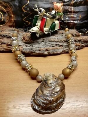 Natural Necklaces with Seashell from the Adriatic Sea Friuli Venezia Giulia - Handmade  by Corinna Kirchhof - Brown Polaris