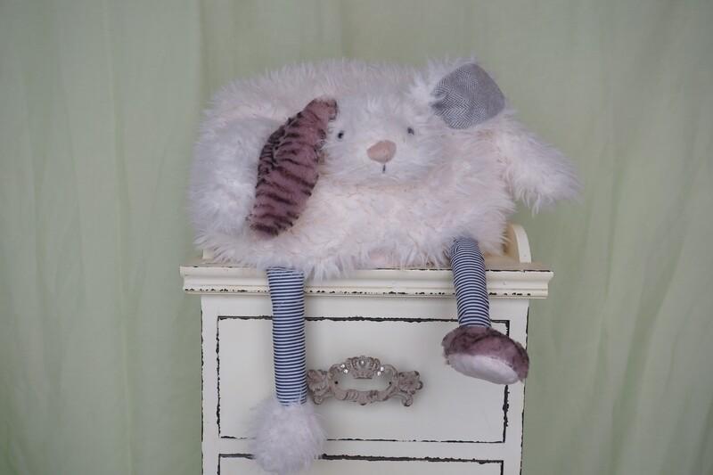 flauschiges Hasen-Kissen