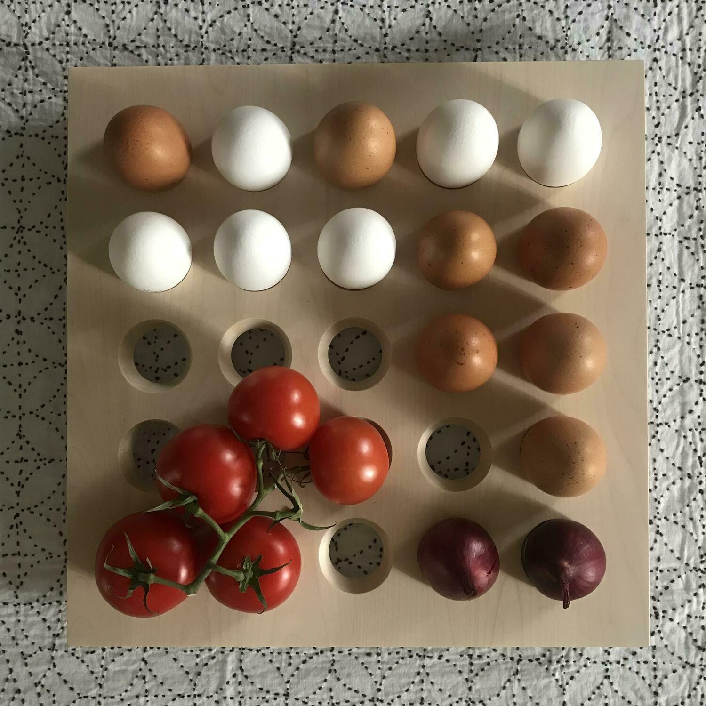 MUNALAUTA - big eggstand