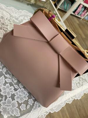 Tracolla Bon Ton con fiocco rosa Camomilla 49505