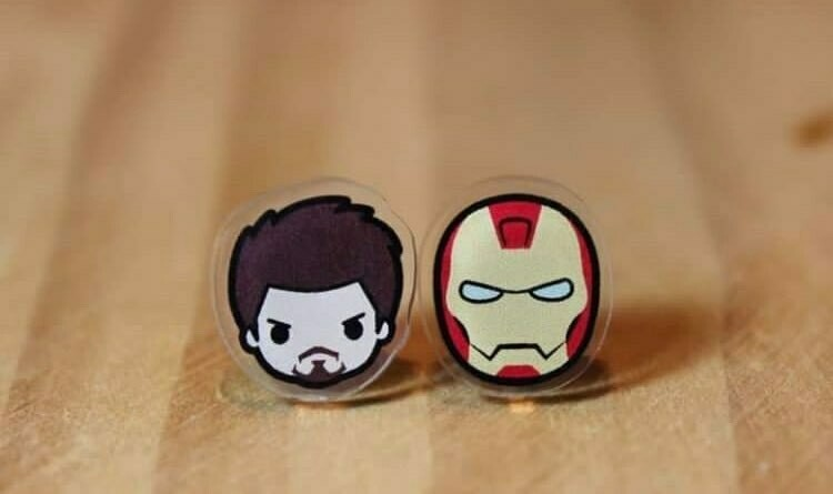 Coppia orecchini Ironman e Tony stark