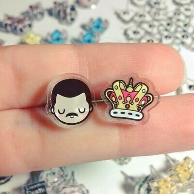 Coppia orecchini Freddy Mercury e corona