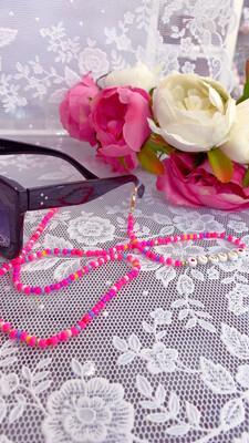 Catenella per occhiali e collana mod. Love fuxia