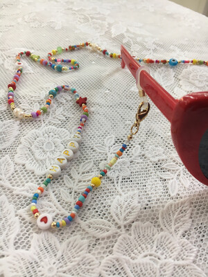 Catenella per occhiali e collana mod. Coachella rosso
