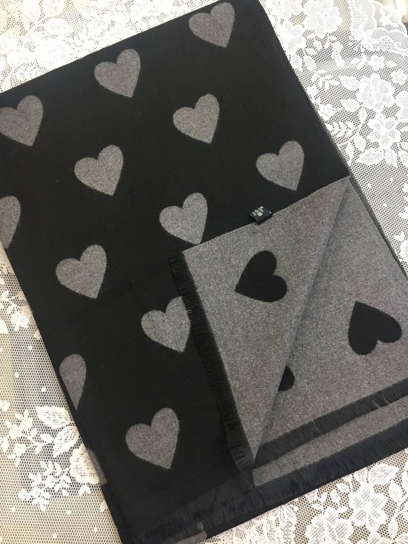 Sciarpa Cuori nero e grigio