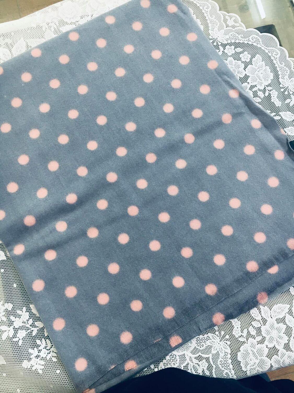 Sciarpa pois lovely grigio pois rosa