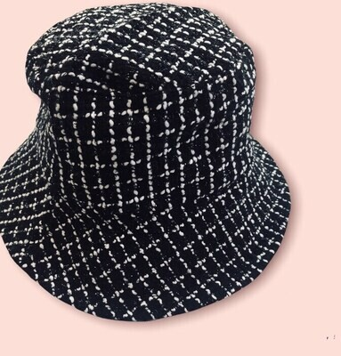 Cappello Bucket doubleface mod. Cherie bianco e nero