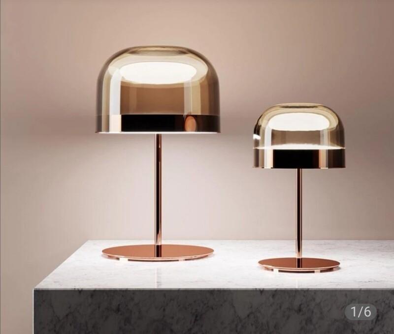 Verre rosée table lamp