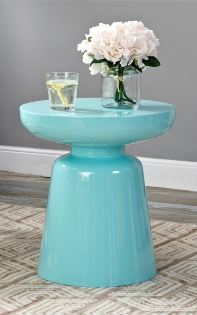 Lacquered cocktail table